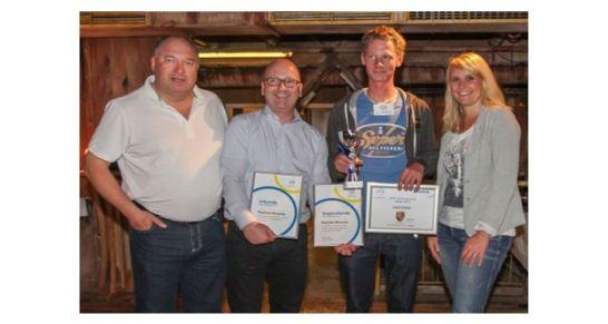 Bild v.l.n.r.: Thomas Kleist (Matthies), Matthias Jüstel (Johnson Controls), Raphael Winand (Autoschmiede Ringsberg) und Nicole Schinkel (Johnson Controls). Bild: (ATR)