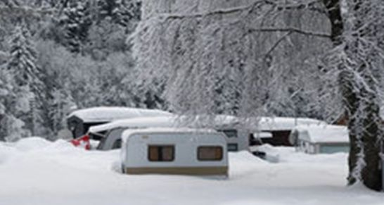 Anhänger im Winter