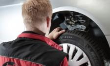 KÜS Techniker Reifen