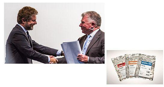 Sogefi - Autopromotec 2015_GiPA Award_Andrea Taschini-Sogefi and Mark Aguettaz-GiPA Italy