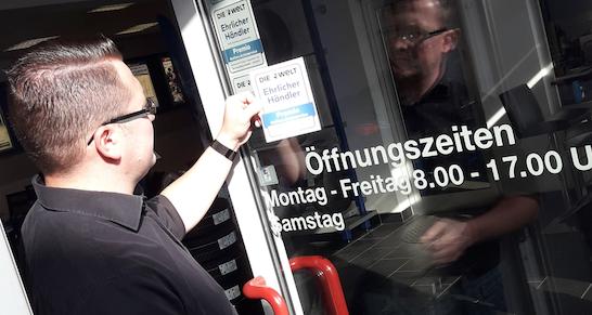 premio-reifen und autoservices-ehrlicher händler-siegel