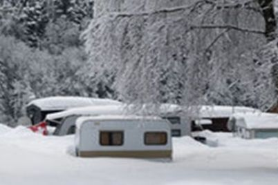 Anhänger-im-Winter.jpg