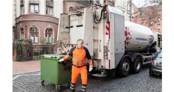 FOT_WABCO-TailGUARD-for-waste-management-vehicles-1.jpg