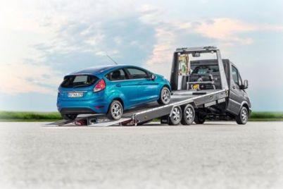 Mercedes-Blitzlader-gekippt-mit-Fiesta-von-hinten-Mod-2013-9741-neu.jpg