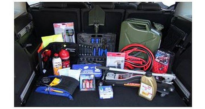 Sicher-unterwegs-–-Das-perfekte-Survival-Kit-fürs-Auto.jpg