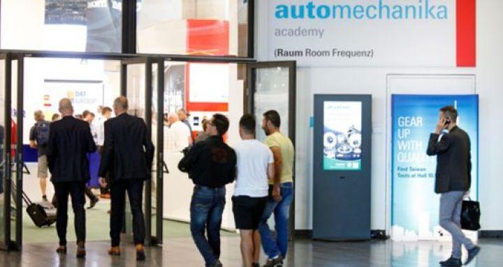 automechanika-2018-frankfurt-reifen.jpg