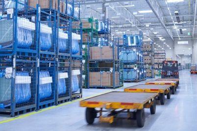 bmw-group-verpackungen-logistik-nachhaltigkeit-lager-ersatzteile.jpg