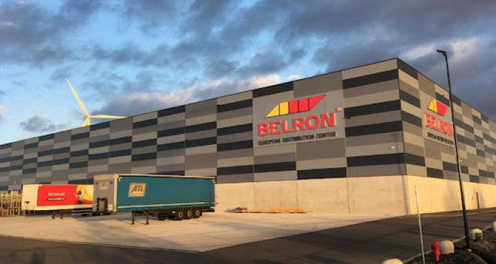 carglas-belron-European-Distribution-Center-autoglaslager.png