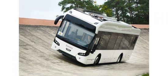 continental-elektrobus-reifen-contidrom-reifentes-vdl.jpg