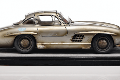 mercedes-benz-sl-classic-modellauto-museum.png