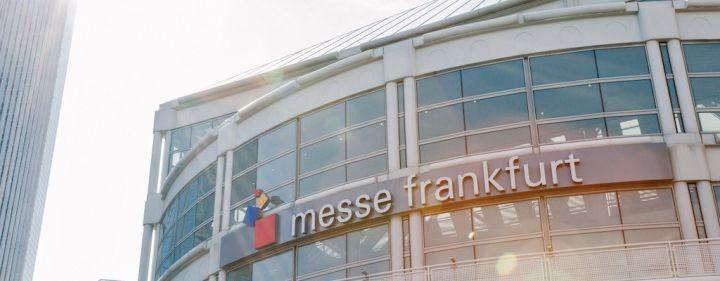 messe-frankfurt-eingang-gebaude.jpg